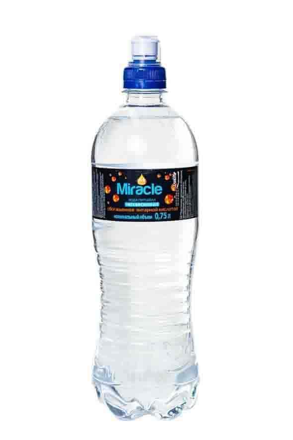Вода питьевая негазированная Miracle, обогащенная янтарной кислотой 0,75л